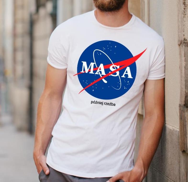 t-shirt masa później rzeźba - czym się wyróżnia?